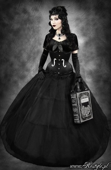 """GOTHIC PRINCESS"" Tulle skirt with bones, crinoline"