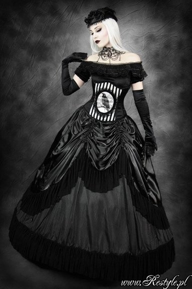 QUEEN OF THE NIGHT gothic, prom skirt with pettitcoat, draperies