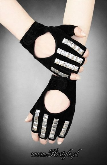 Black velvet short gloves with studs