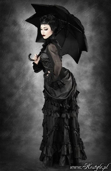"""VICTORIAN WIDOW"" Historical, bustle skirt, taffeta, gothic"