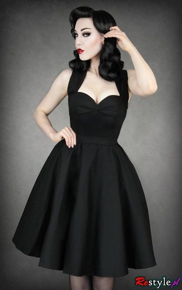 pin up 50' BLACK DRESS heart neckline petticoat